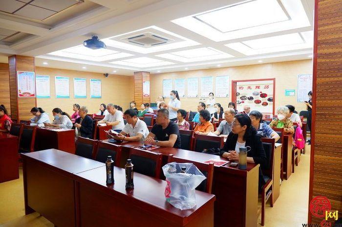 普法服务在身边 燕山路社区开展公益普法讲座活动