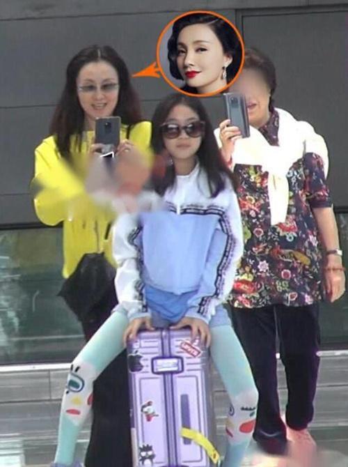徐崢11歲女兒近照曝光,網友:還好長得不像他!