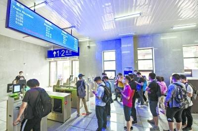"""坐着火车去上班 4趟""""通勤火车""""提速京郊"""