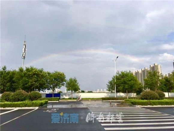 惊艳!你看到了吗?一场急雨后济南再现双彩虹!大片都给你准备好了~