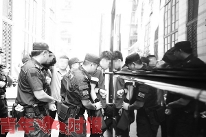 棋牌App、游戏私服 杭州警方破获151起各类网络赌博案