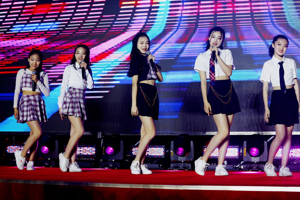 北练旗下女团TGK101为北京国际电影节演唱歌曲