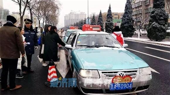 """坚决处罚零容忍!济南出租车中的这些""""害群之马""""被处理"""