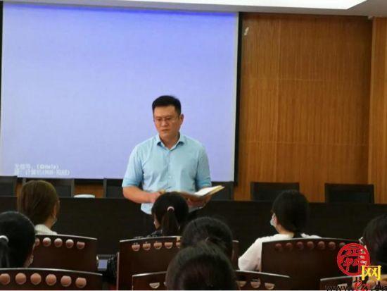济南市二院对省医专实习生进行岗前培训