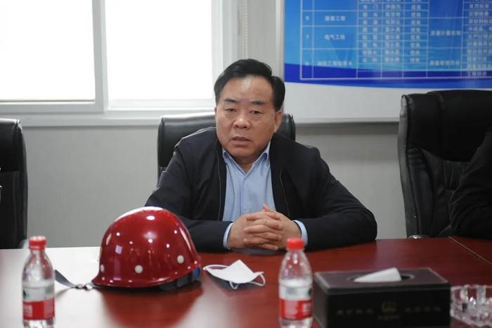 济南市教育局局长王品木调研济南实验高级中学(济钢高中兴隆校区)建设