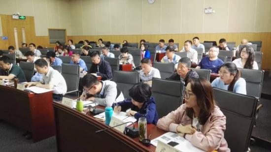 市老干部工作部门青年干部培训班在上海交通大学徐汇校区成功举办