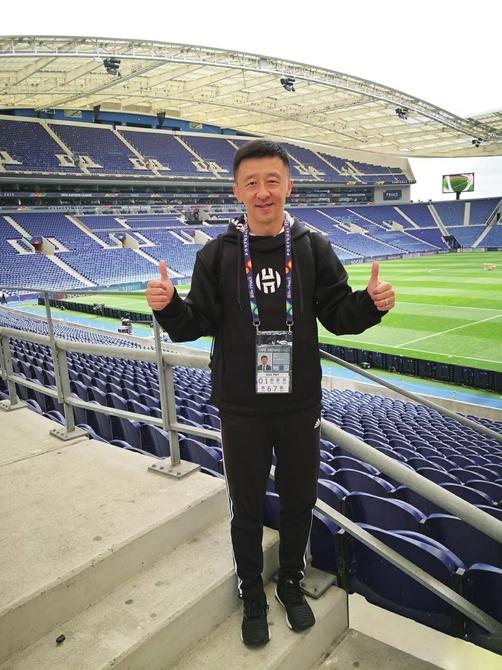 """济南体工大院走出的泰山名将 上海滩成就的""""五星""""解说 刘越:我的足球人生""""杠恣儿来"""""""