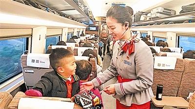 济青、青盐铁路开通满月 两线路日均送客万余人次