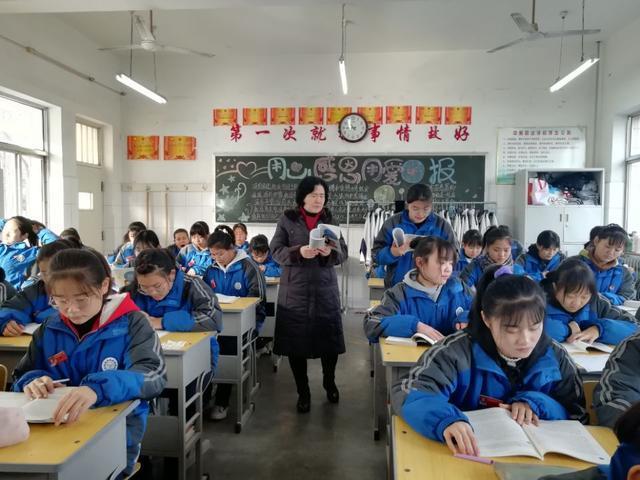 历城职专教师风采丨 陈萍:丝尽春犹在 ,烛化意更浓