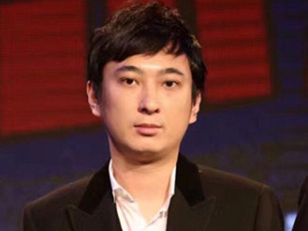 国民老公又回来了网友却说他变了怎么回事?王思聪被取消限制消费令
