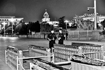 北京警方揭秘国庆安保幕后故事:全封闭运烟花 押车民警30小时不合眼