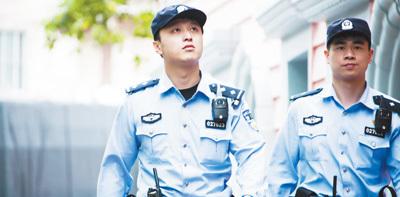 上海静安公安分局曹家渡派出所巡逻队青年民警团队——每次出警都要传递法治精神