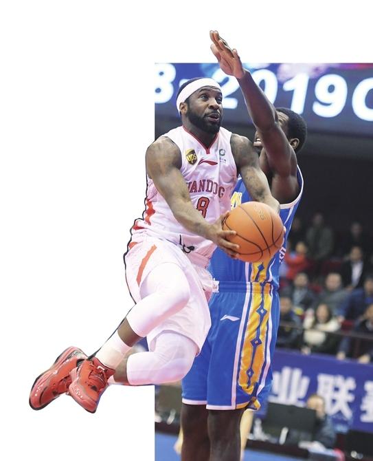 山东男篮28分大胜福建队 态度有了 连败止住