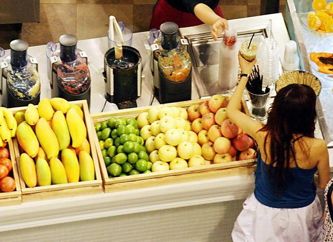纯天然果汁也有害?美最新研究报告:喝果汁早逝风险比含糖饮料高