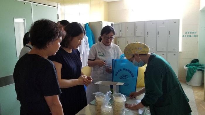 濟南市疾控中心對歷下區消毒質量監測工作進行督導