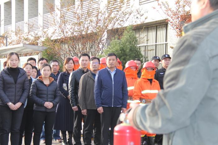 济南信息工程学校开展消防灭火实战演练