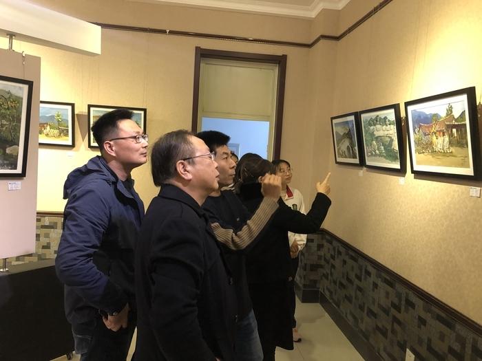 济南艺术学校2018级美术班色彩风景写生展及总结大会