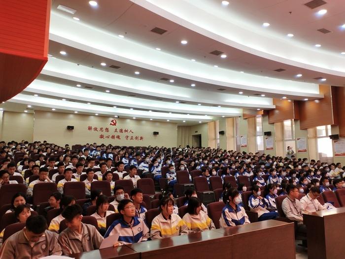 济南理工学校献礼职教周——展企业文化,修职业素养