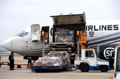 刚刚!宁波紧急包了架飞机!家乡给你们送好东西来了!