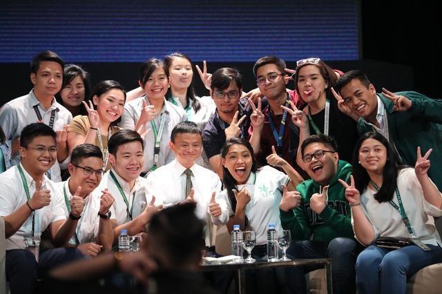 马云入选十年十大思想者 排名第三为企业家之首