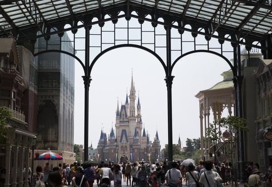 就停两周?东京迪士尼将关闭 开园日期在3月16日另行通知