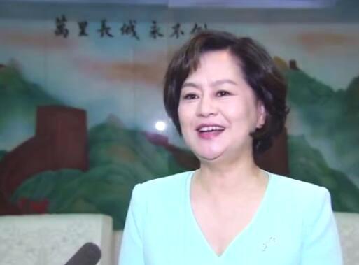 53岁央视少儿节目主持人鞠萍近照曝光