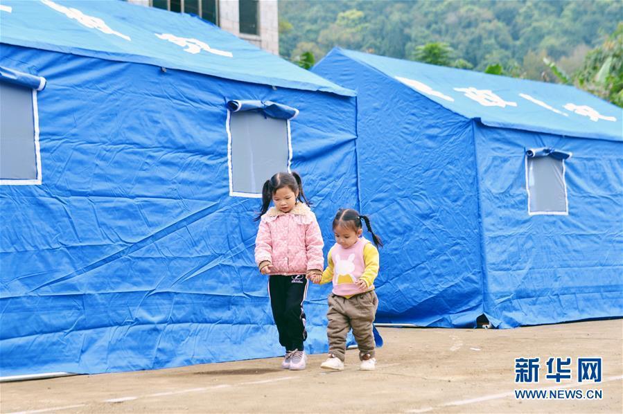 广西靖西:地震灾后安置工作有序进行