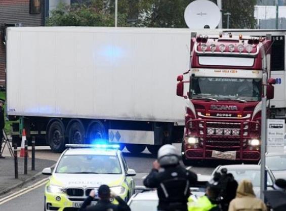越南:死亡货车确认身份 英国