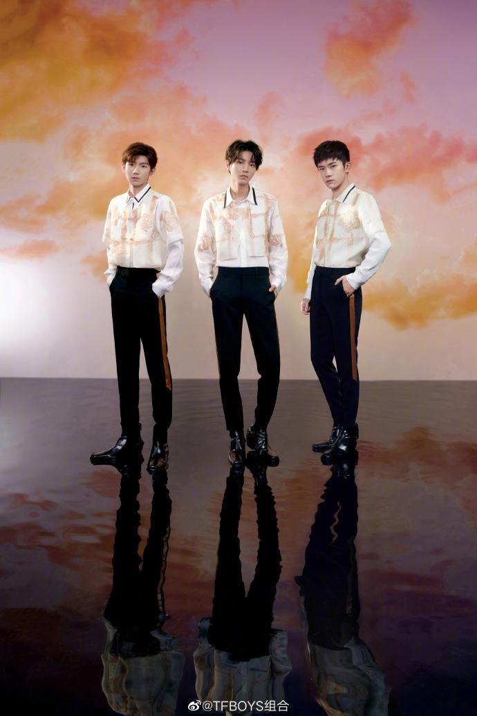TFBOYS现身央视国庆晚会 献唱《少年中国说》