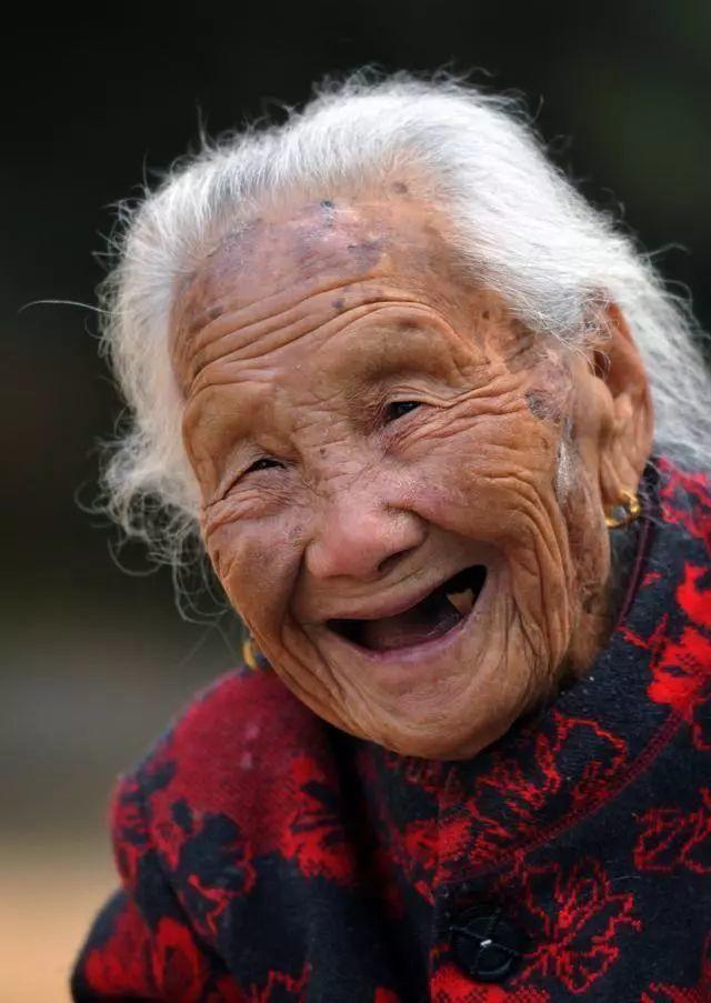 悲哀!沂蒙红嫂张淑贞今早故故 享年104岁!