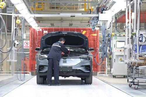 应对疫情影响 汽车企业复工主动求变