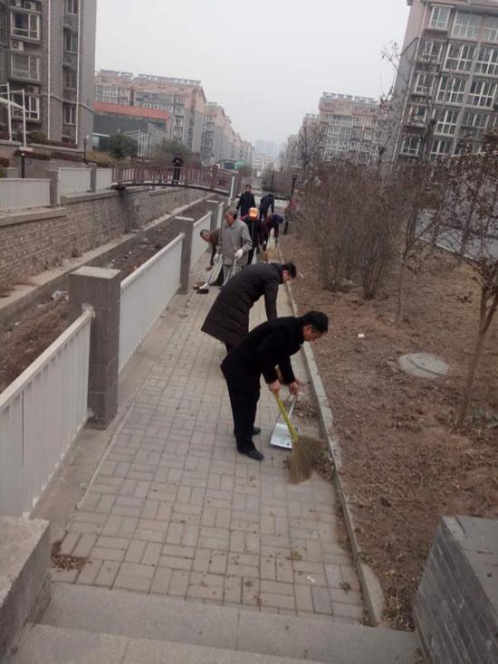 """智远街道邓家庄践行 """"村村户户搞清洁、干干净净迎春节"""""""