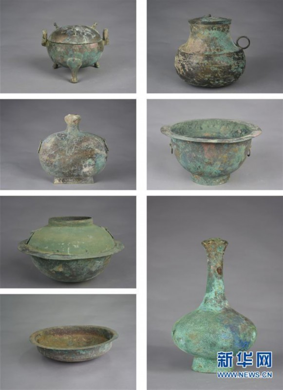 黄河边发现古墓群 共多个时期墓葬600多座 出土文物2000余件