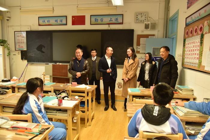 济南回民中学与加拿大城市中学签约友好学校