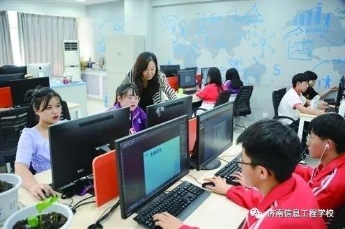 济南信息工程学校名师工作室引领 打造校企协同育人新高地 产教深度融合培养复合型技能人才