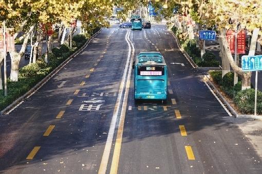 完美蜕变!济南历山路整修完工 历时45天