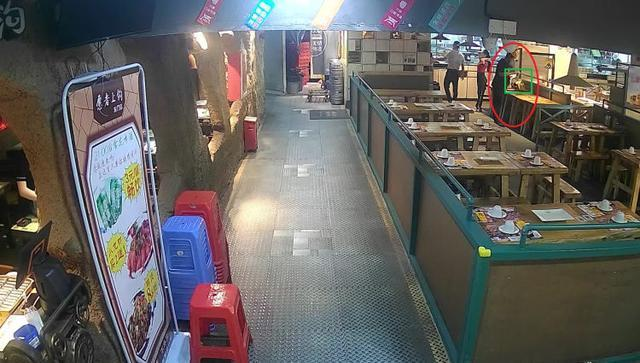 【围观】深圳男子冒充外卖小哥偷外卖吃 具体是怎么一回事?