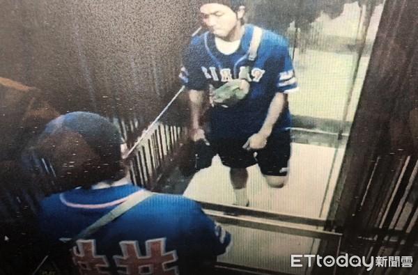 台湾男星黄鸿升去世 离世前最后身影曝光 搭电梯返家面露疲惫